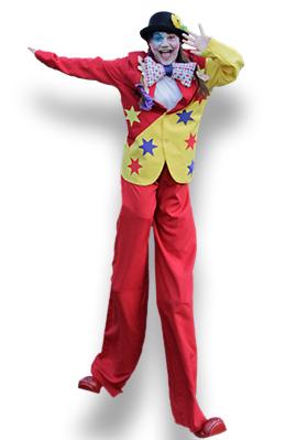 Echassier clown pour animations de rue - Spectacles de rue pour vos festivités en Hautes Pyrénées (65), Gers (32), Landes (40) et Pyrénées-Atlantiques (64)