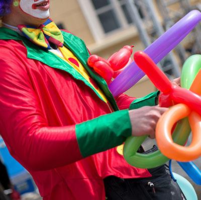 Sculpteur de ballon - Animations ballons sculptés pour enfants et ateliers pour vos festivités en Hautes Pyrénées (65), Gers (32), Landes (40) et Pyrénées-Atlantiques (64)