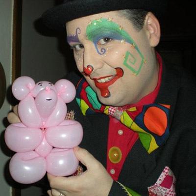 Magicien sculpteur de ballons pour tous vos évènements en Hautes Pyrénées (65), Gers (32), Landes (40) et Pyrénées-Atlantiques